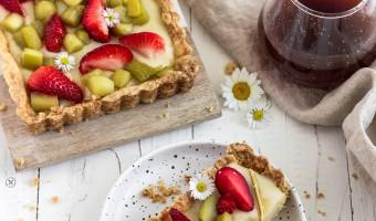 Rhabarber-Tarte mit Erdbeeren –der perfekte Sommerkuchen